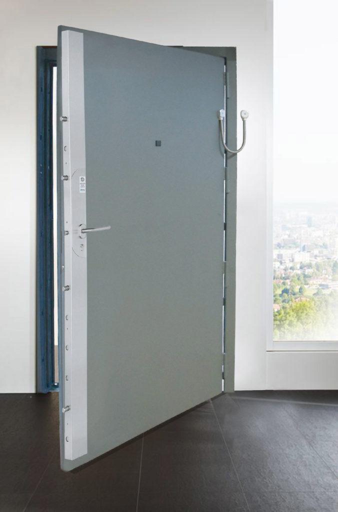 Toltec - tôlerie industrielle au service de la sécurité - Porte SECURE DOOR SD4 est certifiée CR4 selon la norme Européenne EN 1627-1630.