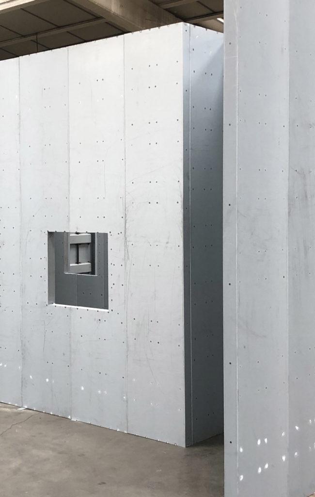 Toltec Secure - tôlerie industrielle au service de la sécurité - Parois blindées norme Européenne EN 1627-1630. CR4, CR5, RMET15, FB4, FB6, FB7.